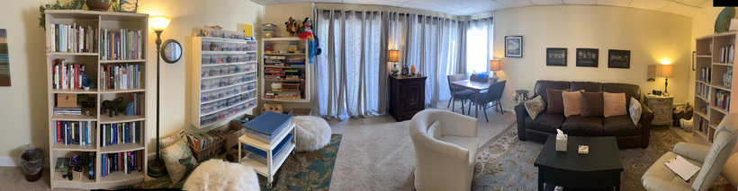 Room 5 at TheraThrive in Lafayette California, for groups and families counseling, therapy and assessment