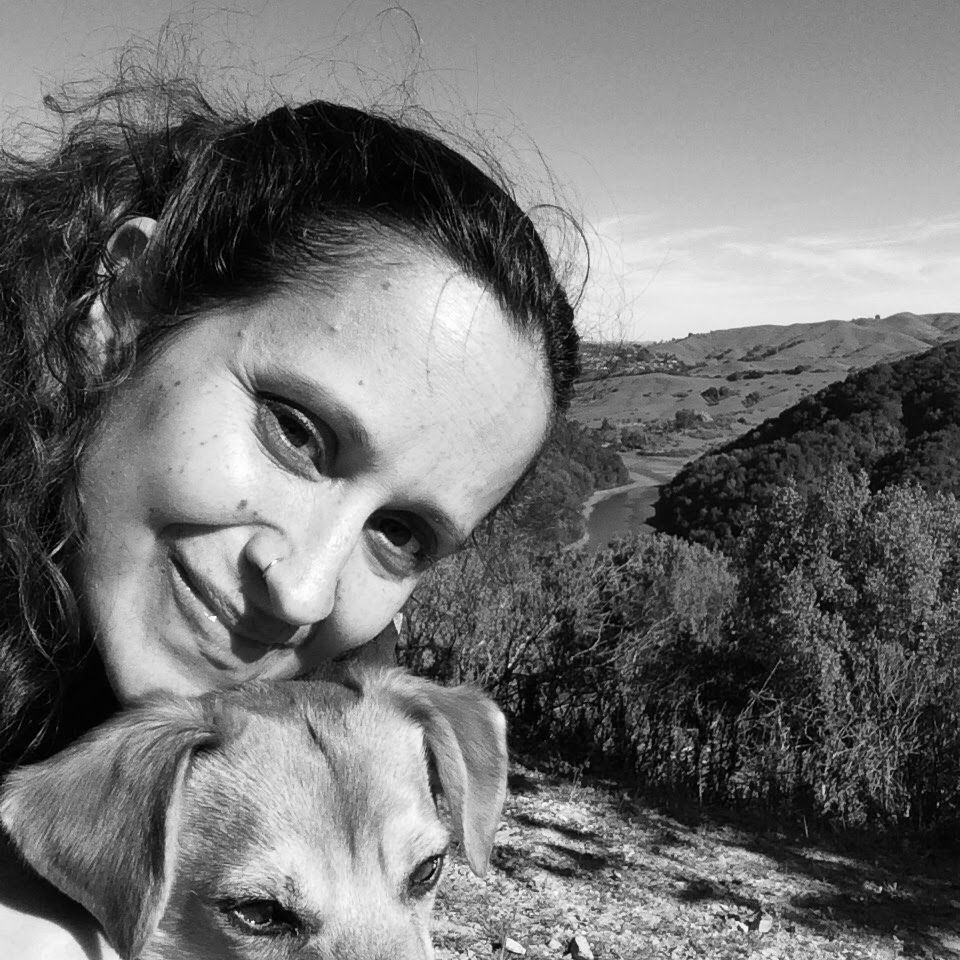 Picture of Wendy Rolon AMFT Associate Therapist at TheraThrive in Lafayette, CA and online - with her puppy