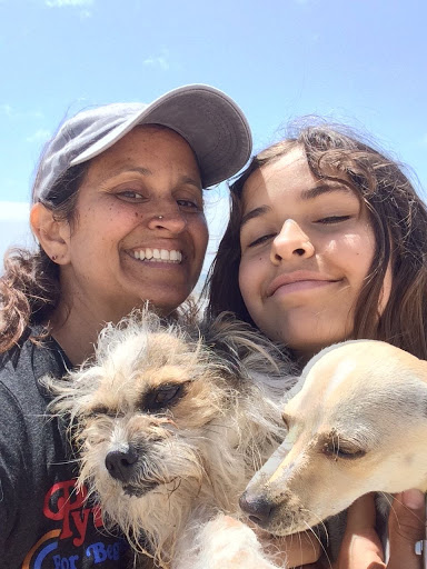 Wendy Rolon AMFT with family TheraThrive in Lafayette, CA and online